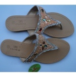 Clowse Fashion Slippers With Rhinestones - Cream